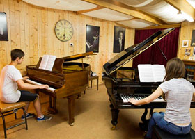 BOOT CAMP JAN. 2013 Brandon King & Sophie Bellotti refining their skills at the workshop!